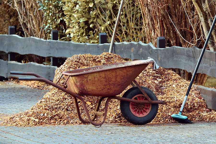 natural mulch ideas